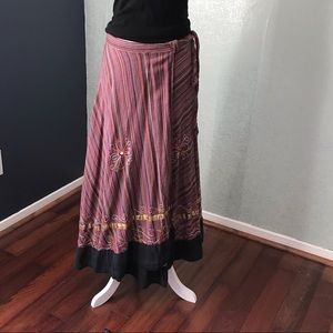 Dresses & Skirts - Colorful wrap skirt with embroidery